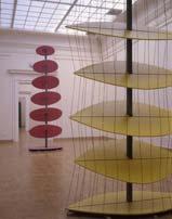Бесконечное движение. Желтый фрагмент. 2000. высота: 4,5 м